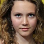 Iris Apatow Net Worth