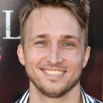 Shayne Topp Net Worth