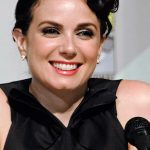 Mia Kirshner Diet Plan