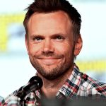 Joel McHale Age, Weight, Height, Measurements