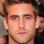 Oliver Jackson-Cohen Workout Routine