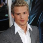 Freddie Stroma Age, Weight, Height, Measurements
