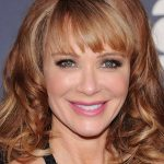 Lauren Holly Bra Size, Age, Weight, Height, Measurements